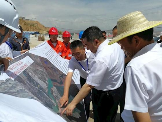 陶永利总经理调研指导马康支线、西宁南绕城公路东延段项目建设工作